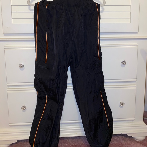 One shoulder top with matching cargo pants set (Size M. Never worn)